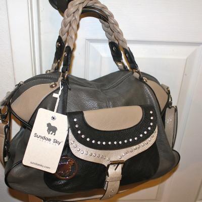 Bag Blaze – Bag Review & Giveaway