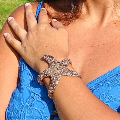 EllaNora Starfish Cuff Review & Giveaway *2012 Holiday Gift Guide*