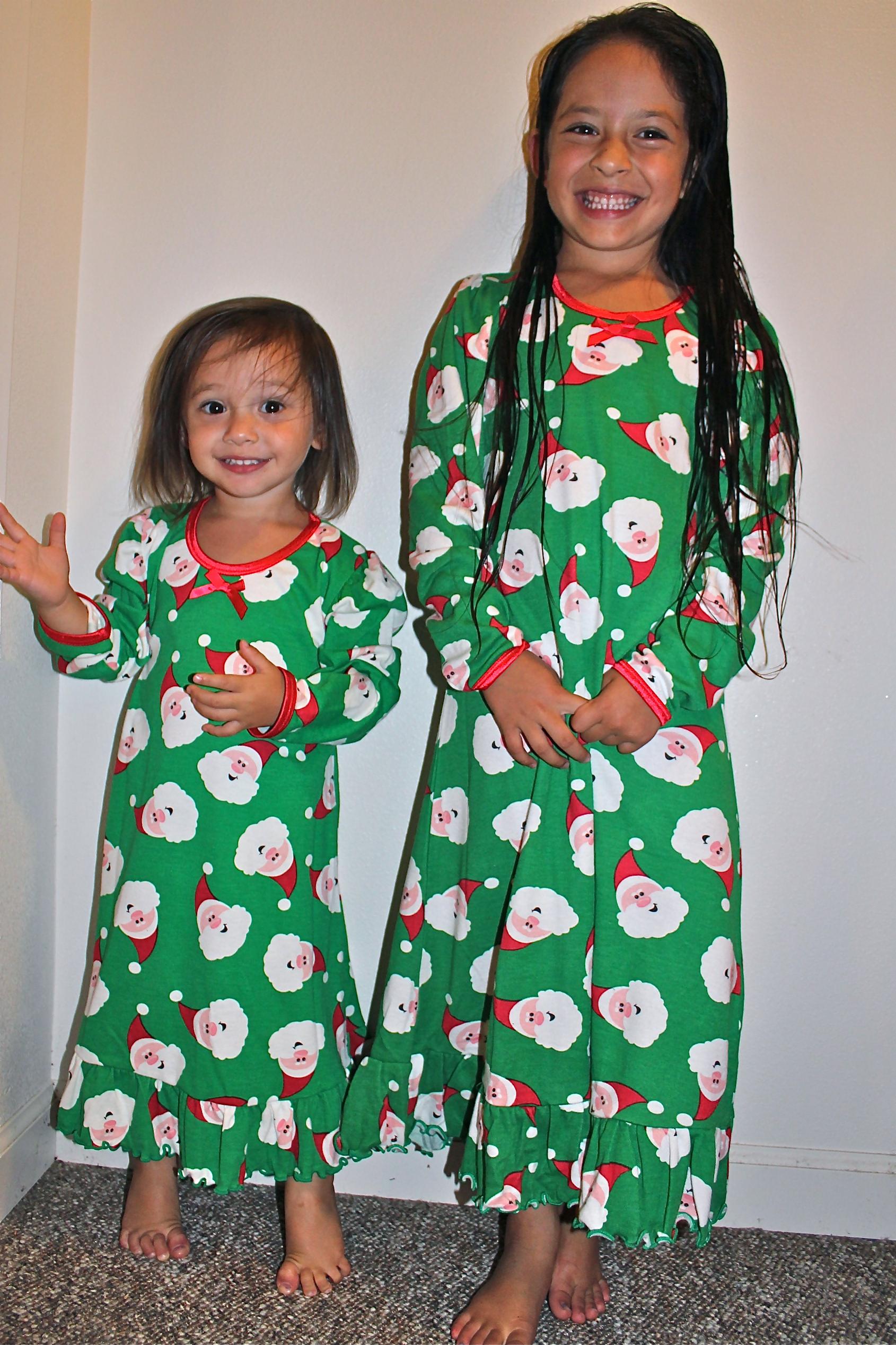 e08550c551 Sara s Prints Christmas Nightgown   Pajamas Review