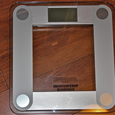 EatSmart Precision Digital Bathroom Scale Review & Giveaway