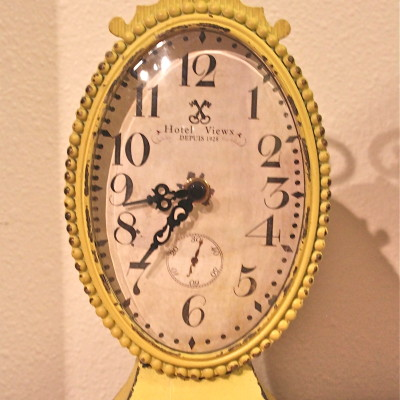Colom & Britt Interiors Vintage Yellow Clock Review *2012 Holiday Gift Guide*