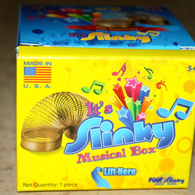 Slinky Song Musical Box Review *2012 Holiday Gift Guide*