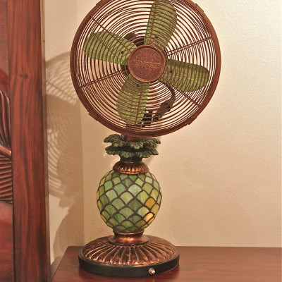 Deco Breeze Mosaic Glass Pineapple Fan Review *2012 Holiday Gift Guide*