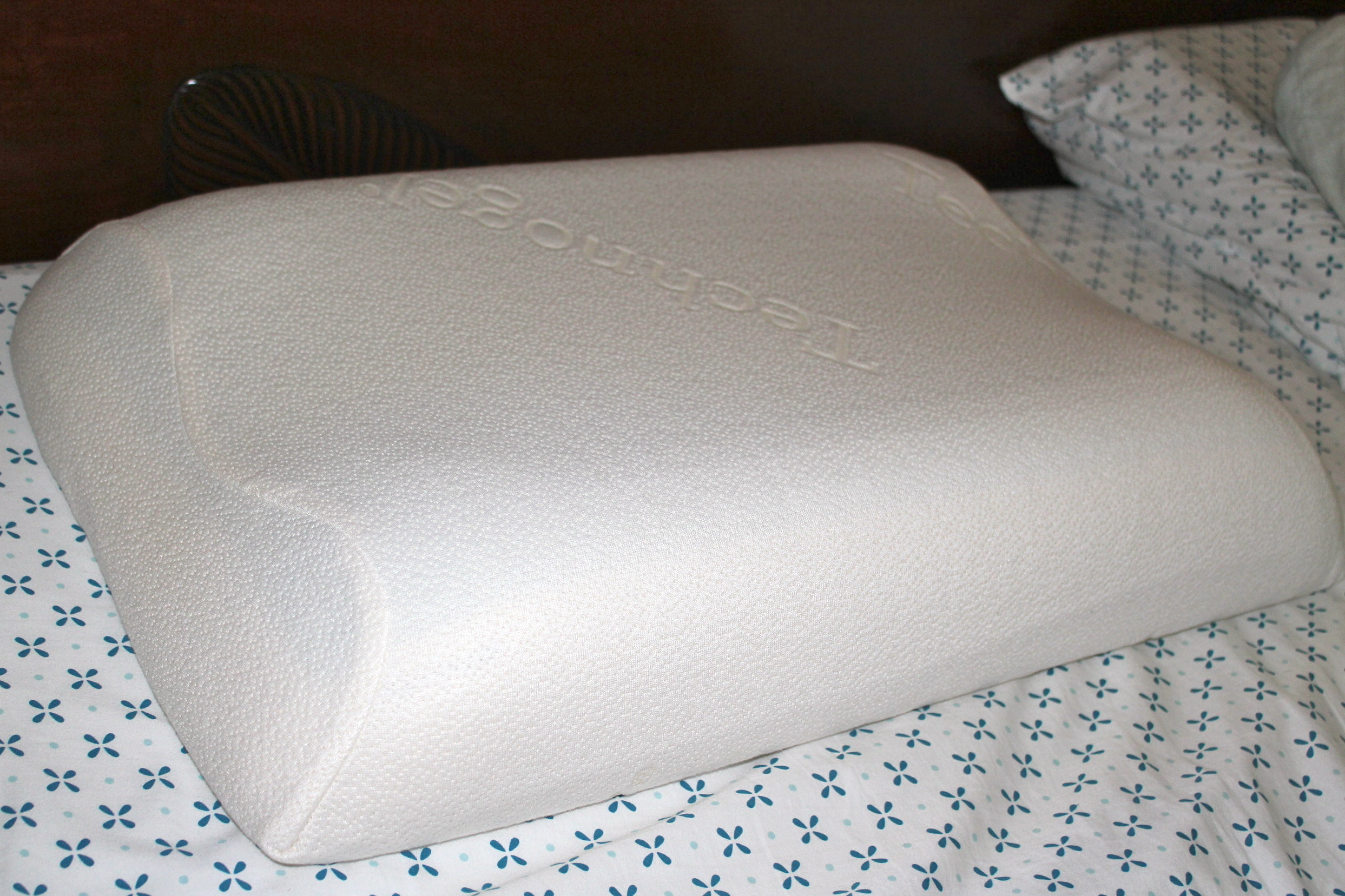 Dr. Scholls Technogel Anatomic Pillow Review