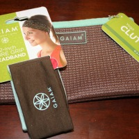 gaiam yoga clutch and headband