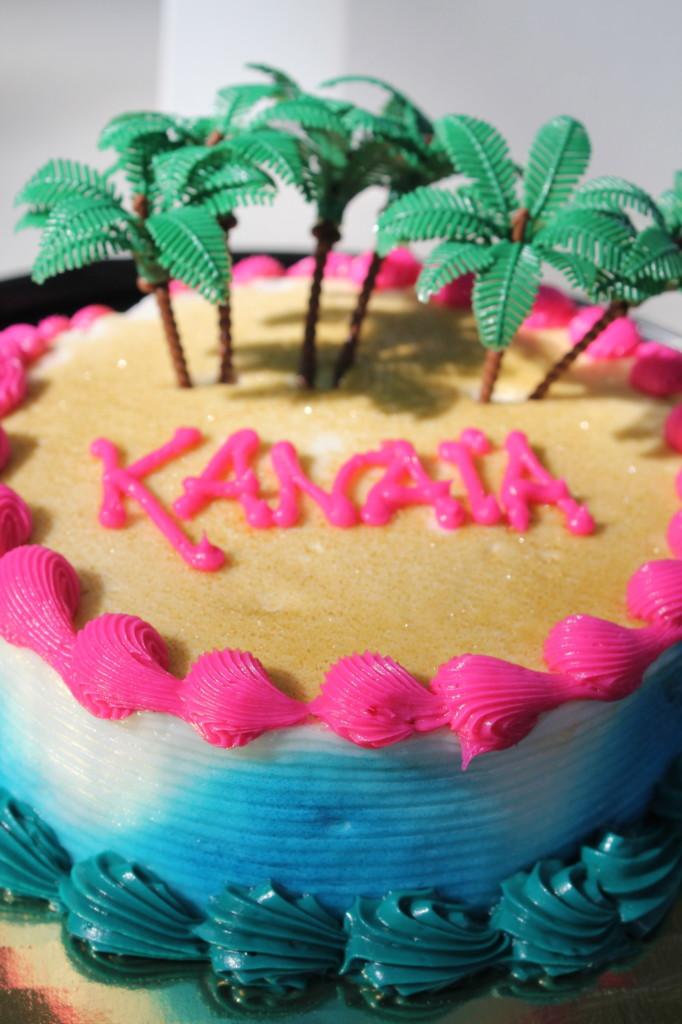 mini beach birthday cake palm trees