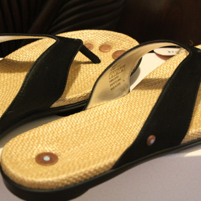 Juil Gaia Vegan Flip-Flops *2013 Holiday Gift Idea*