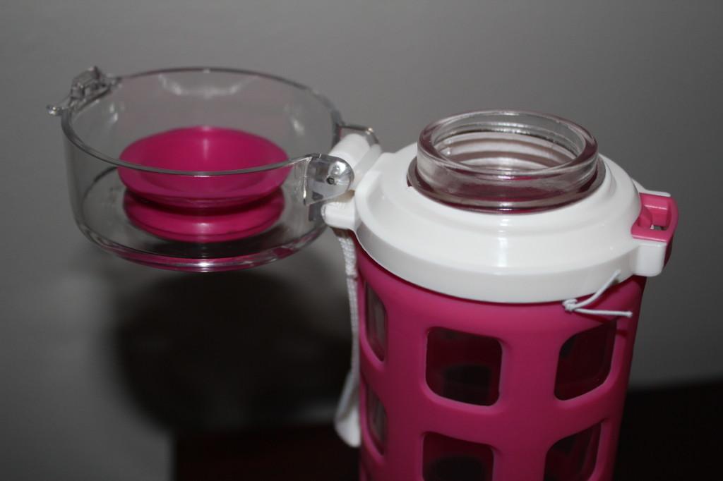ello flip top lid water bottle