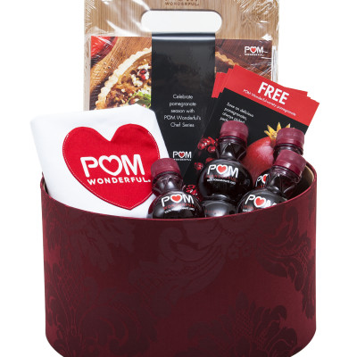"""POM Wonderful """"It's POM Time"""" Party Pack Giveaway"""