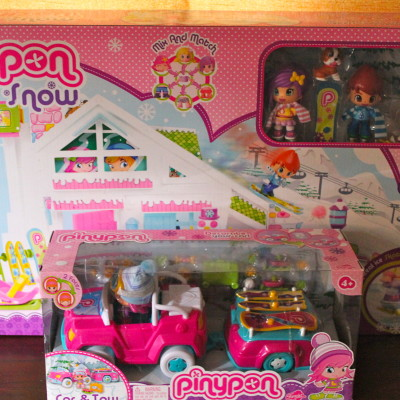 Pinypon Ski Lodge and Car & Tow*2013 Holiday Gift Idea*