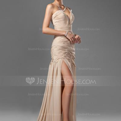 Choosing The Perfect Prom Dress