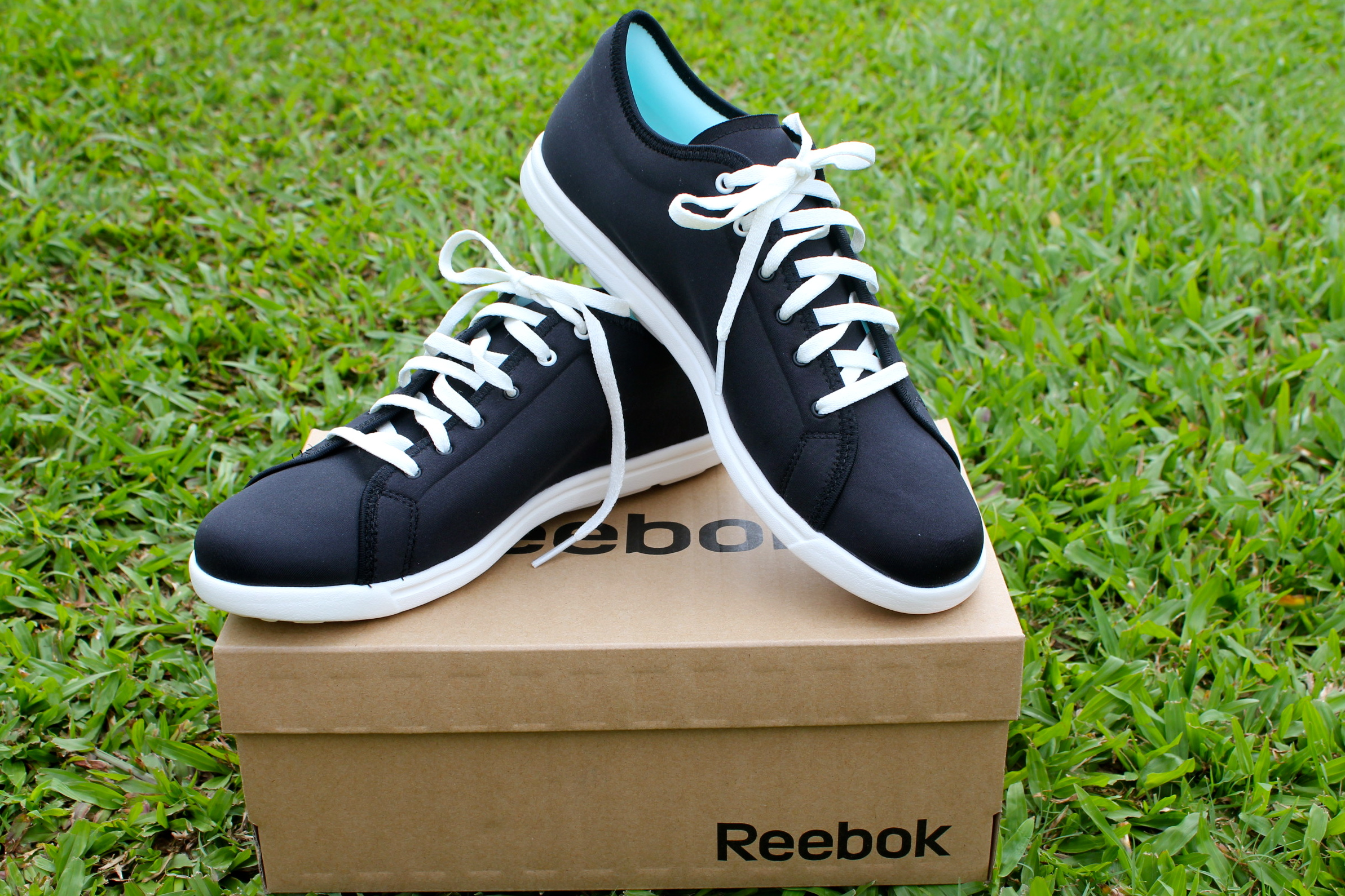 Spend your day in comfort with Reebok Skyscape Runaround Walking ... 0f94935c2