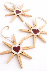 Clothespin Snowflake Ornaments!