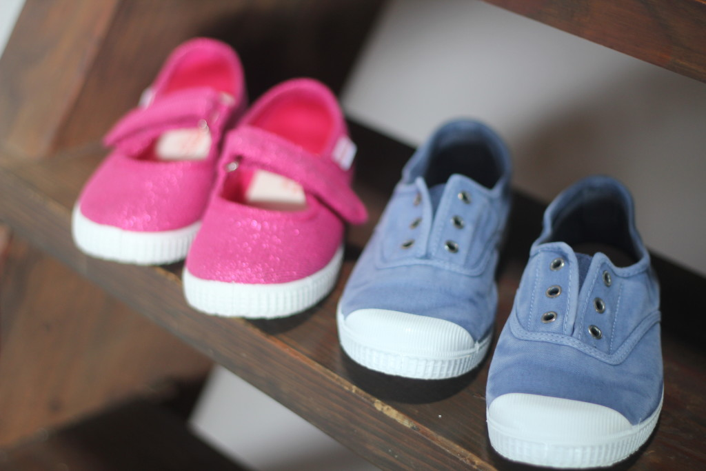 Cienta Girls eco-friends shoes