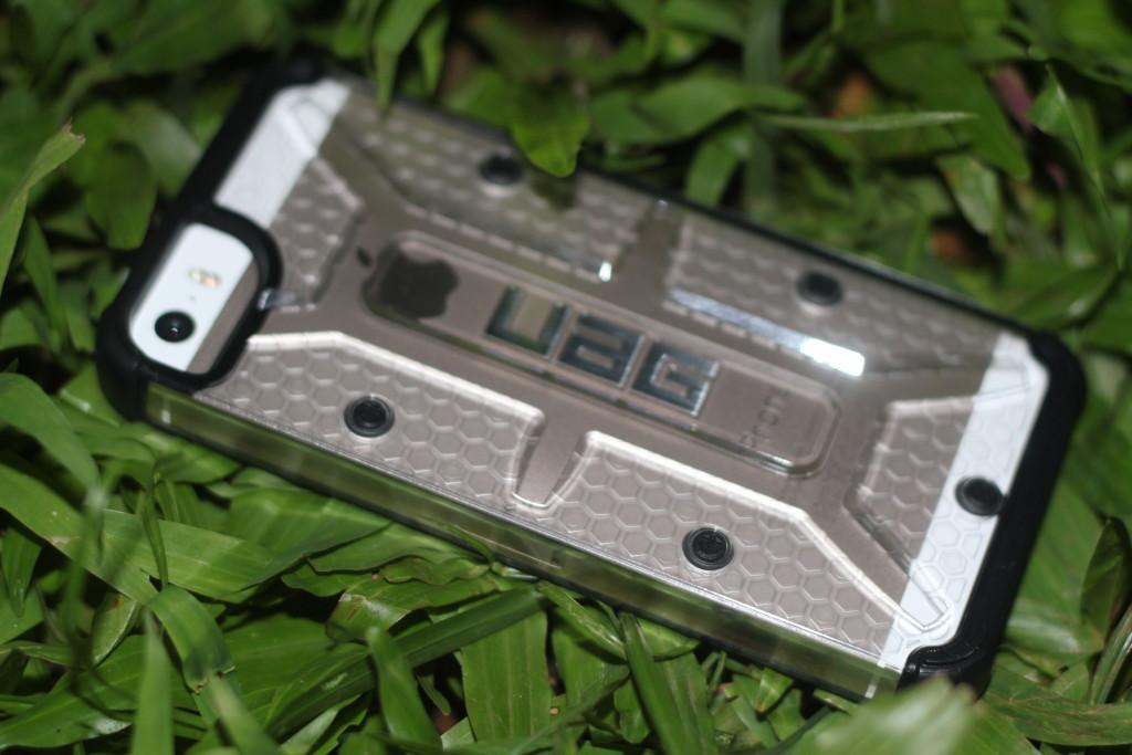 rugged protective UAG Urban Armor Gear iPhone case