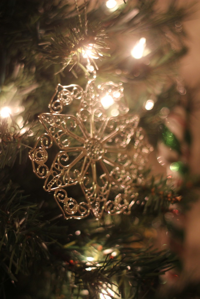 handmade metal ornament world vision