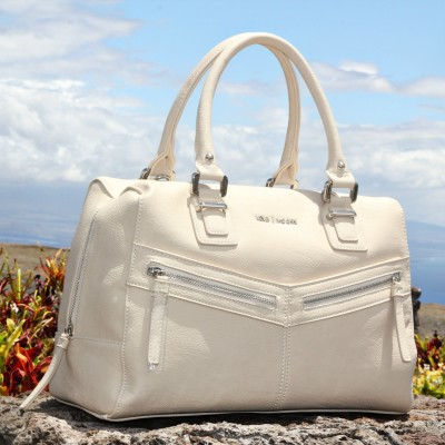 The Perfect Bag for Mom's On The Go