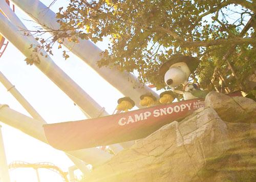 camp-snoopy-canoe