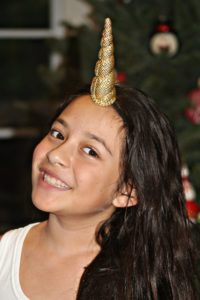 gold-glitter-unicorn-horn-headband