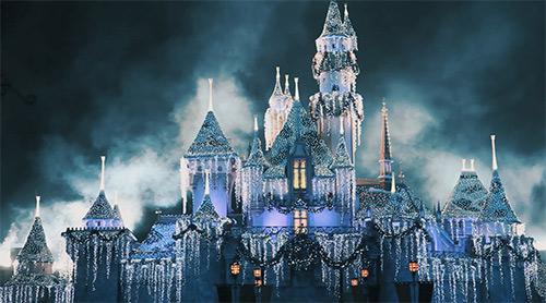 holidays-at-disneyland-castle