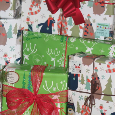 A Genius Idea for Wrapping Christmas Gifts