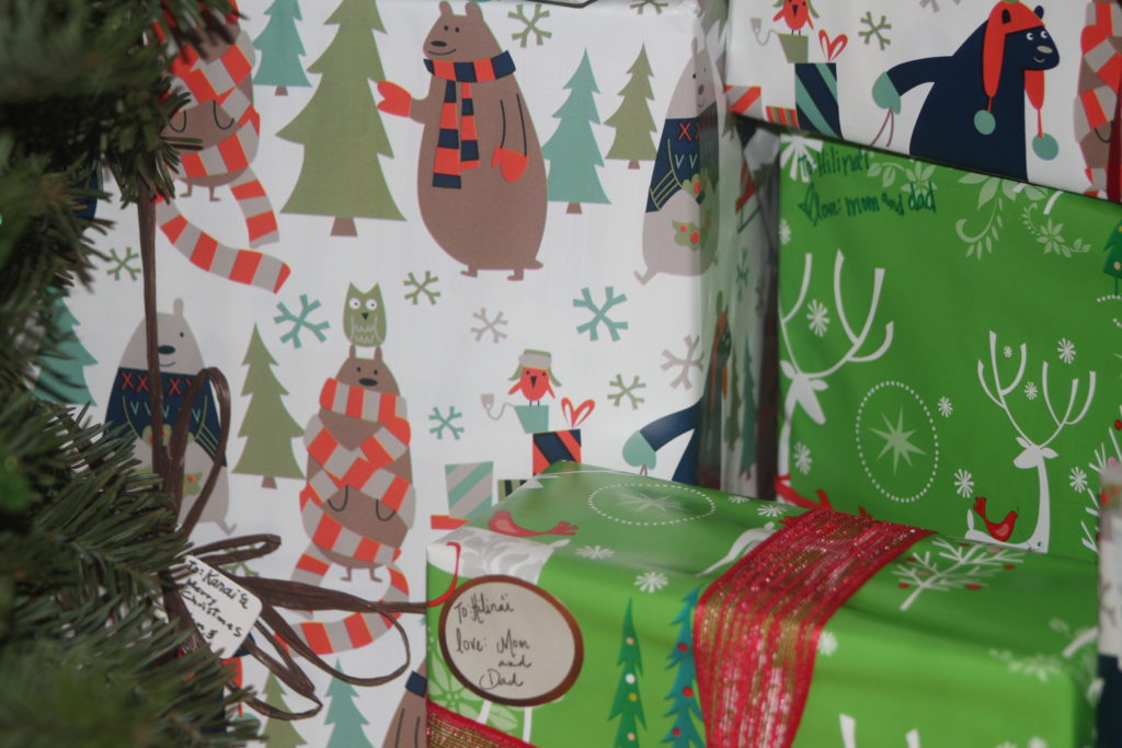 cute kids bears christmas wrapping paper