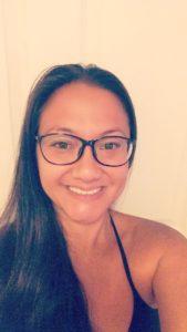 black framed oval glasses from glasseshop.com
